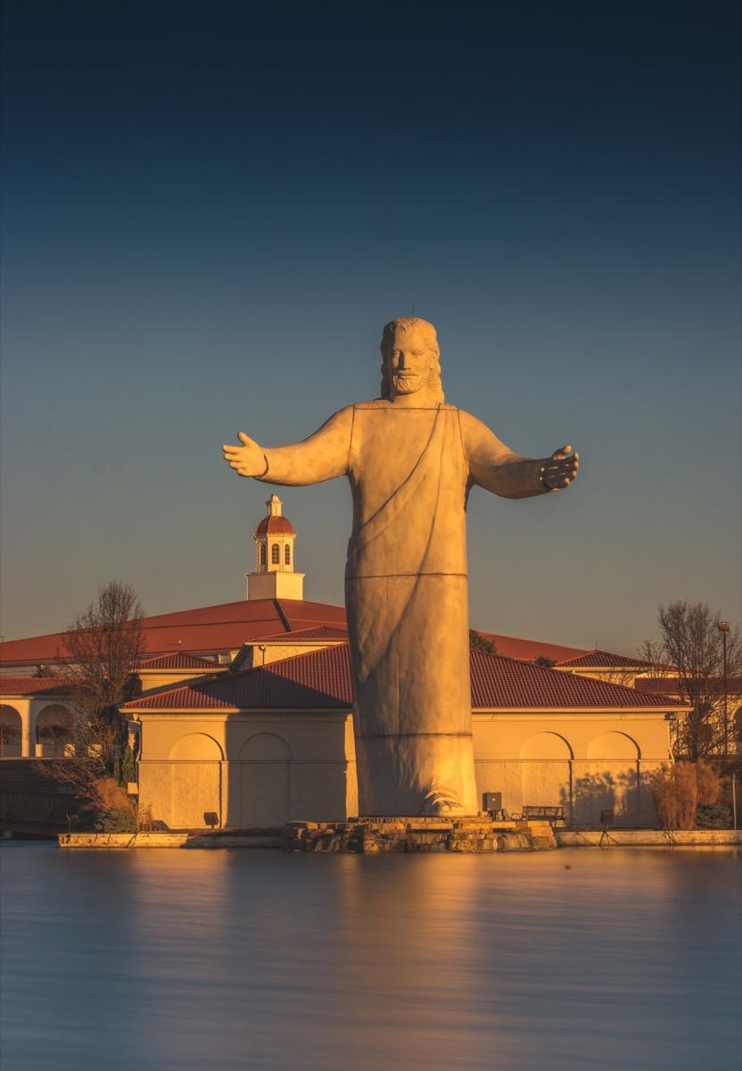touchdown jesus ohio statue famous state statues