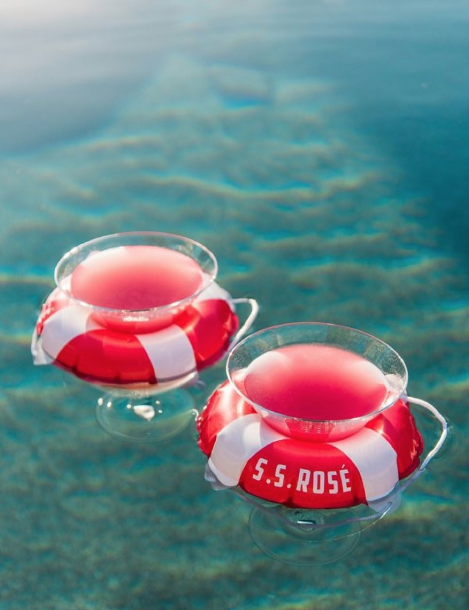 wine cup pool holder, summer party essentials