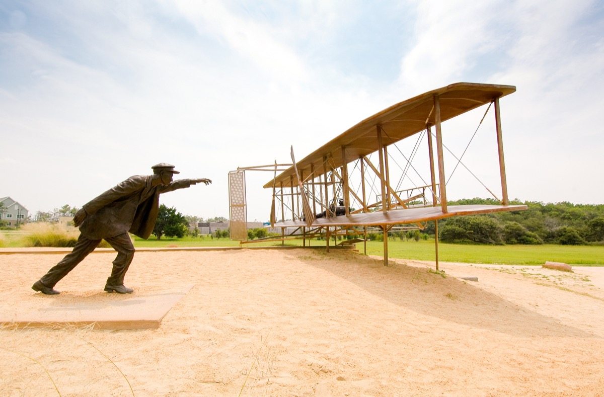 wright brothers statue north carolina famous state statues