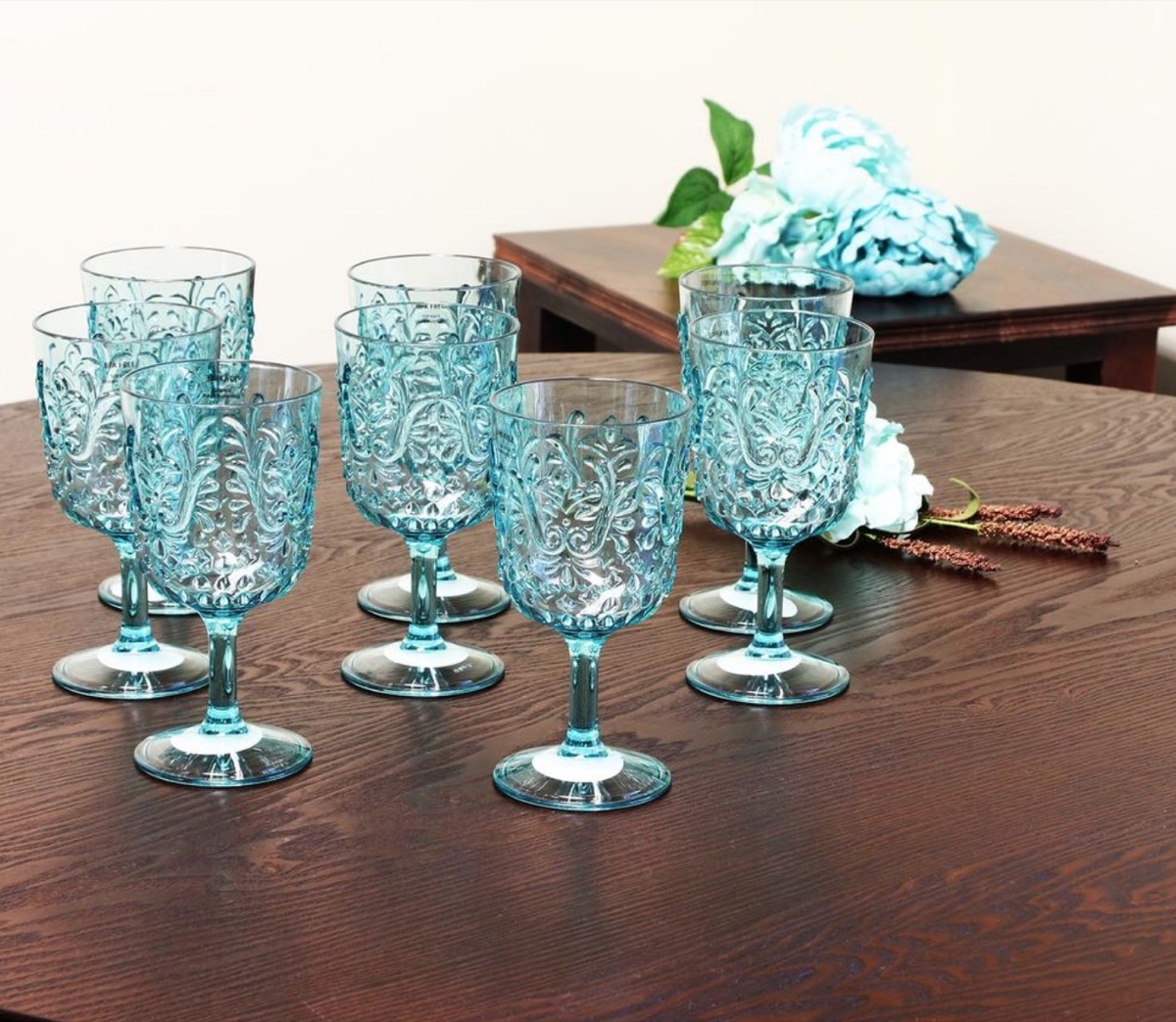 acrylic teal wine goblets, picnic essentials