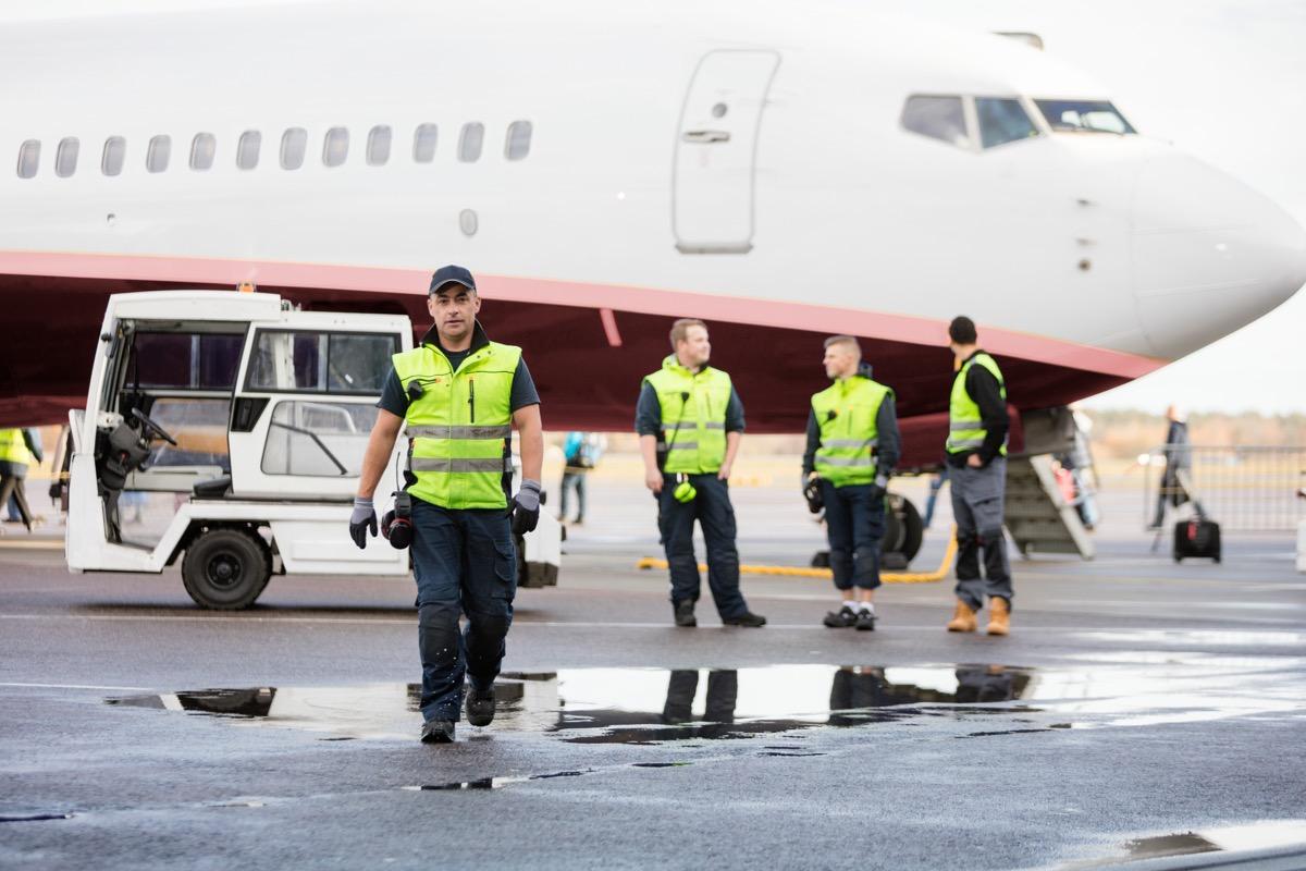 airport mechanics