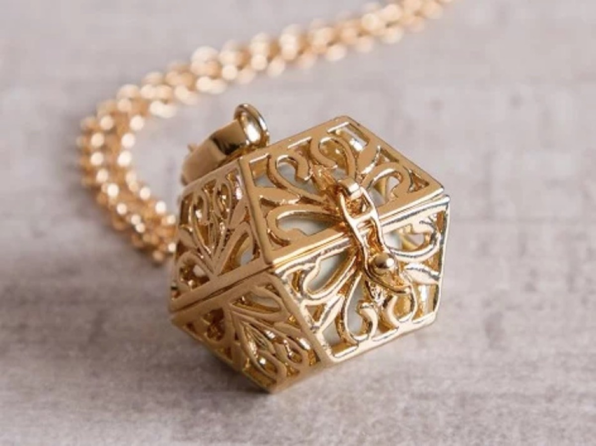 gold filigree box on chain, best gifts for girlfriend