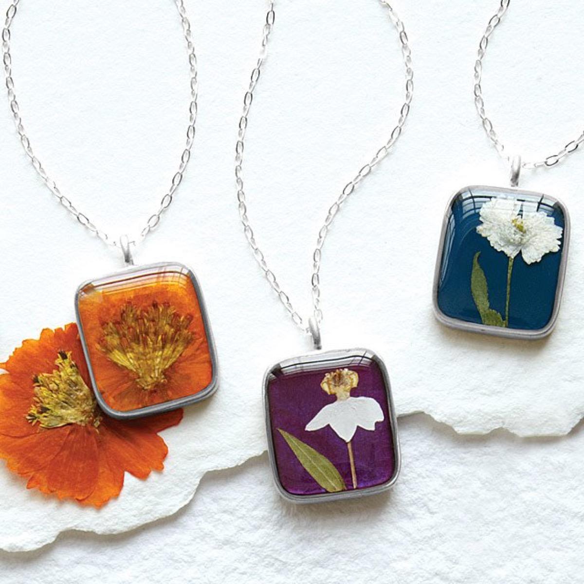 pressed flower necklace, best friend gifts