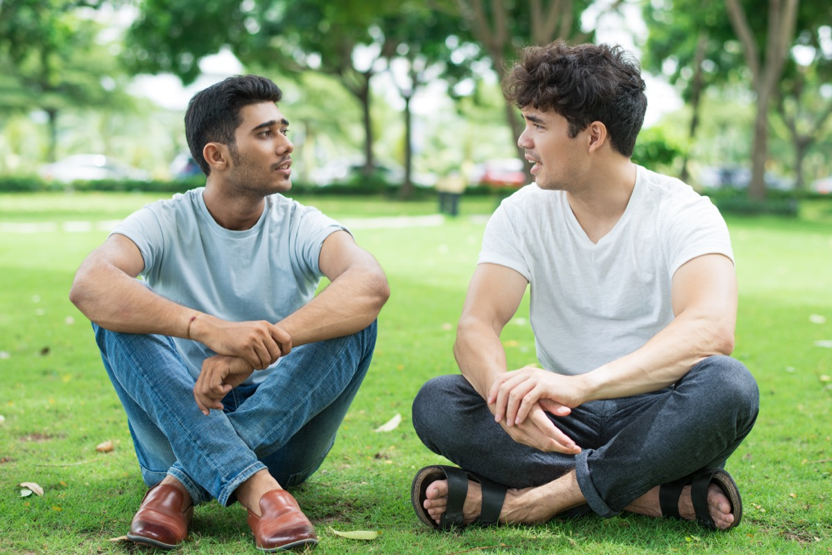 friends talking in a park, prepare children for divorce