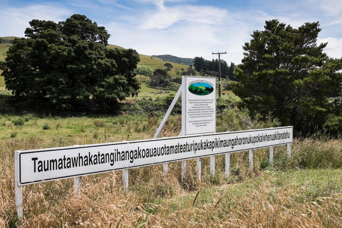 Taumatawhakatangihangakoauauotamateaturipukakapikimaungahoronukupokaiwhenuakitanatahu in New Zealand