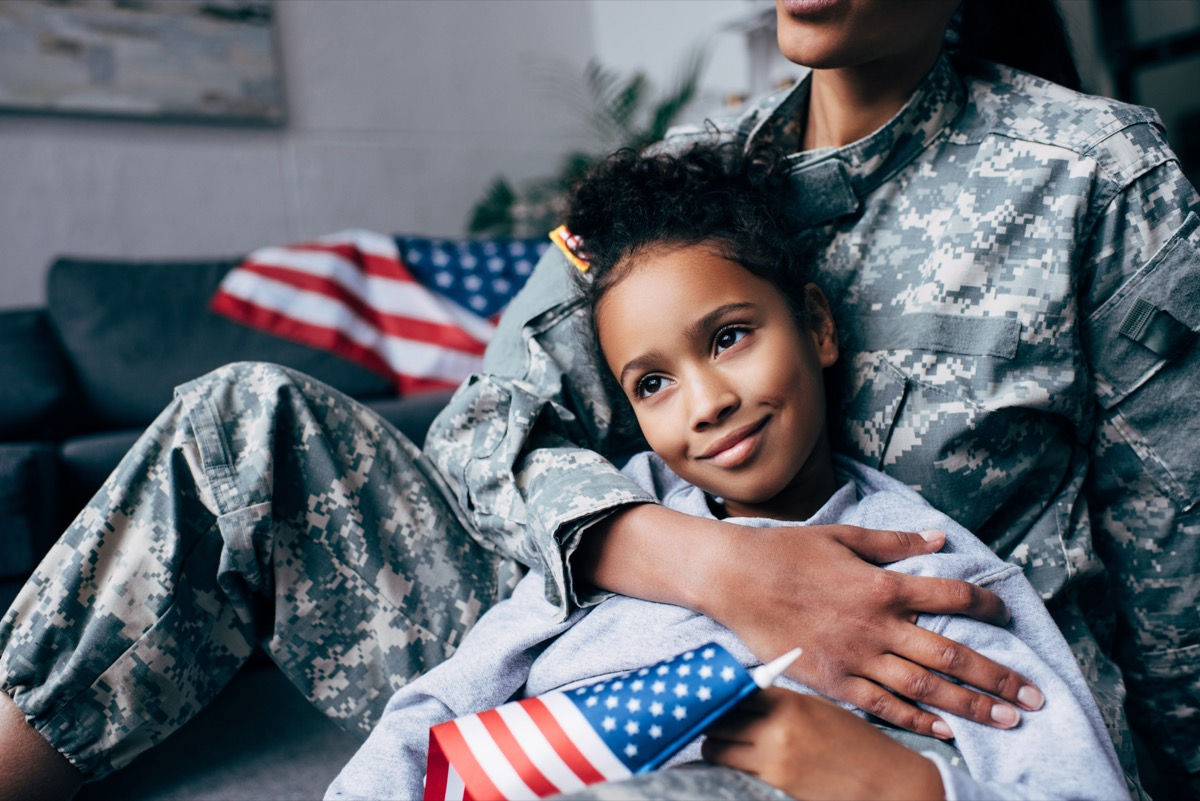 military army mom and daughter