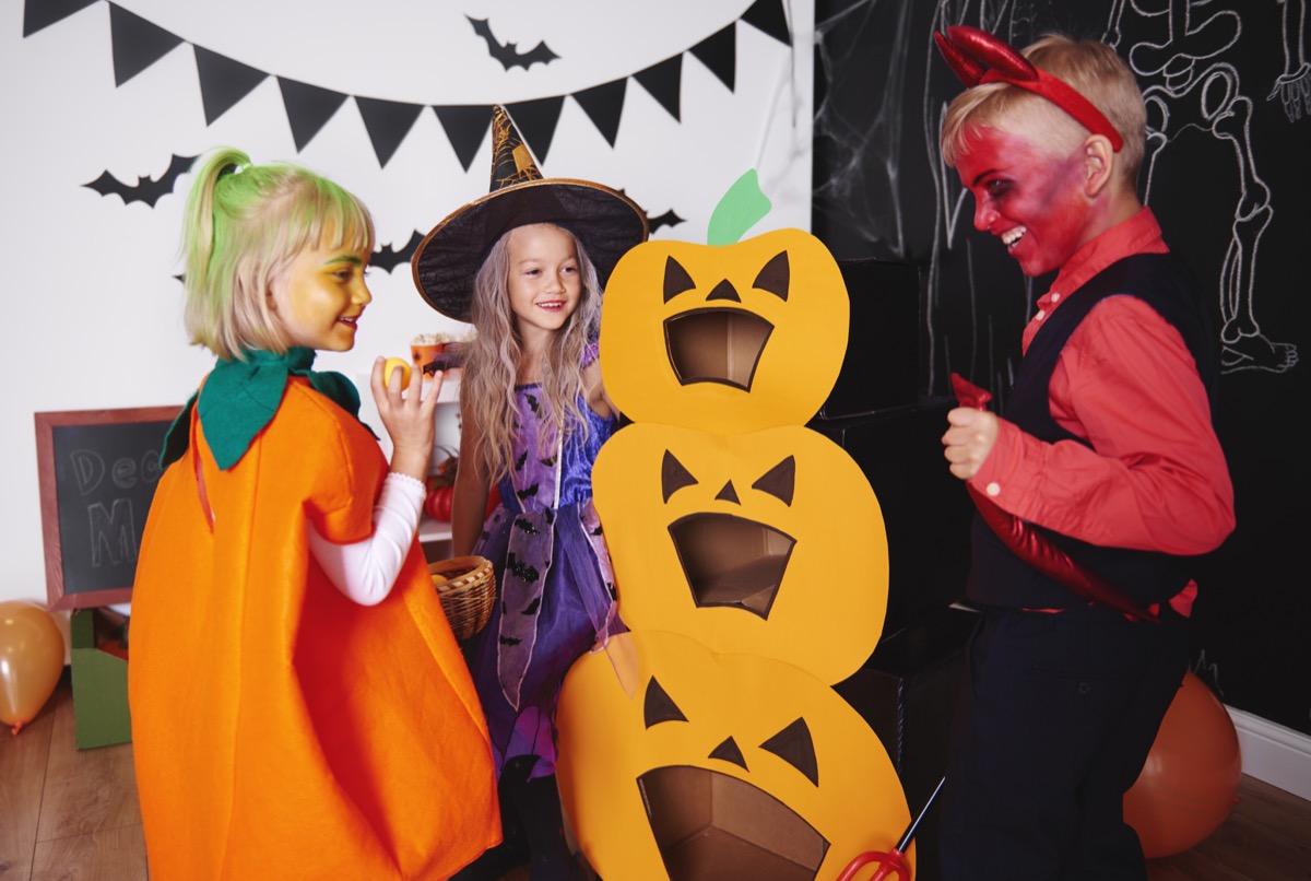 jack-o-lantern bean toss halloween games