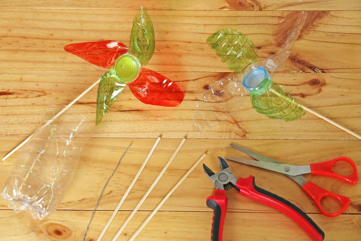DIY Plastic Pinwheel