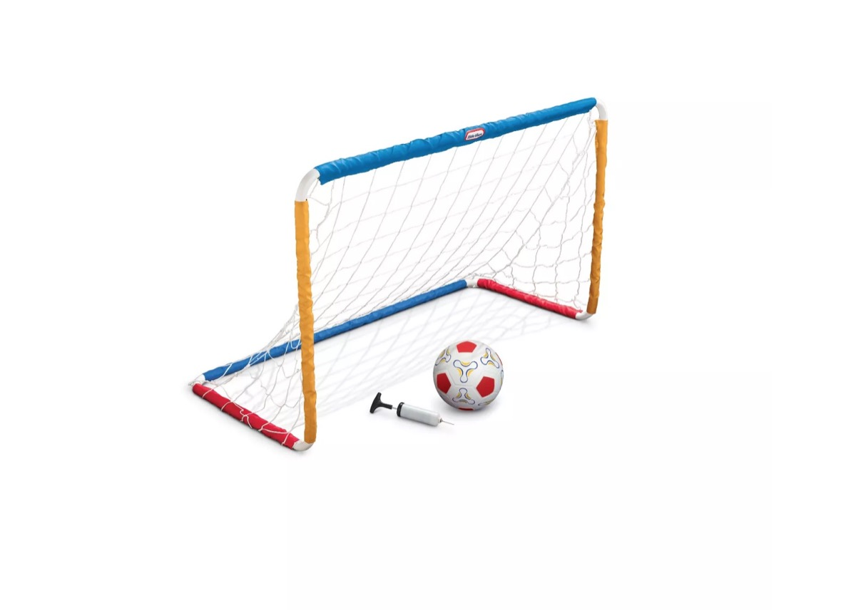 toy soccer net and ball, best outdoor toys for toddlers