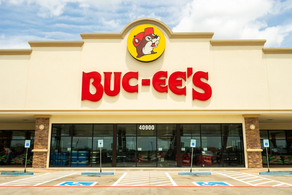 buc ees gas station in texas