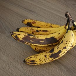 overripe bananas on kitchen counter things in your house attracting pests