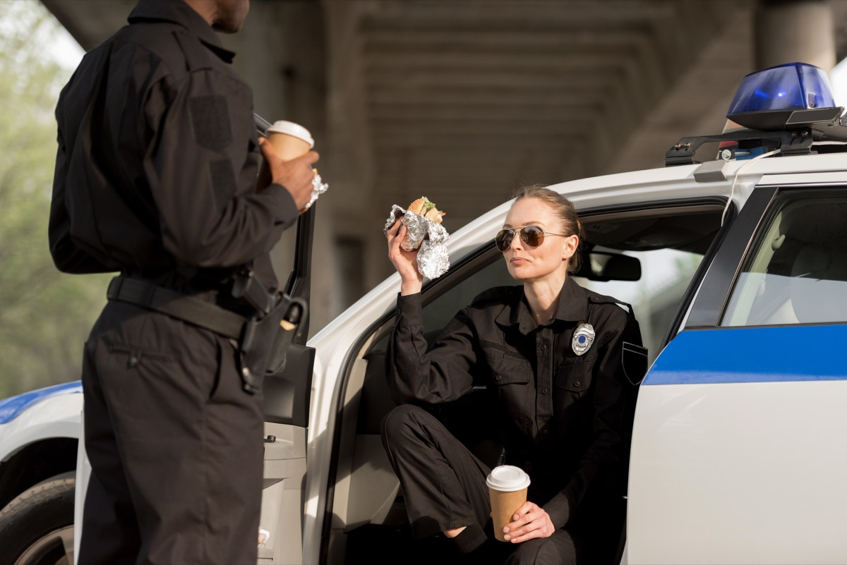 police offiicers eating in cars