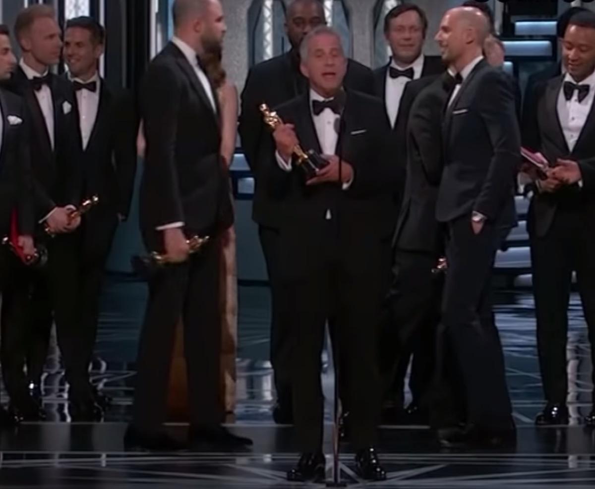 la la land announced as winner of best picture