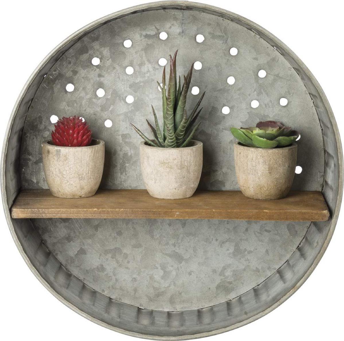 round metal shelf with succulents, rustic farmhouse decor