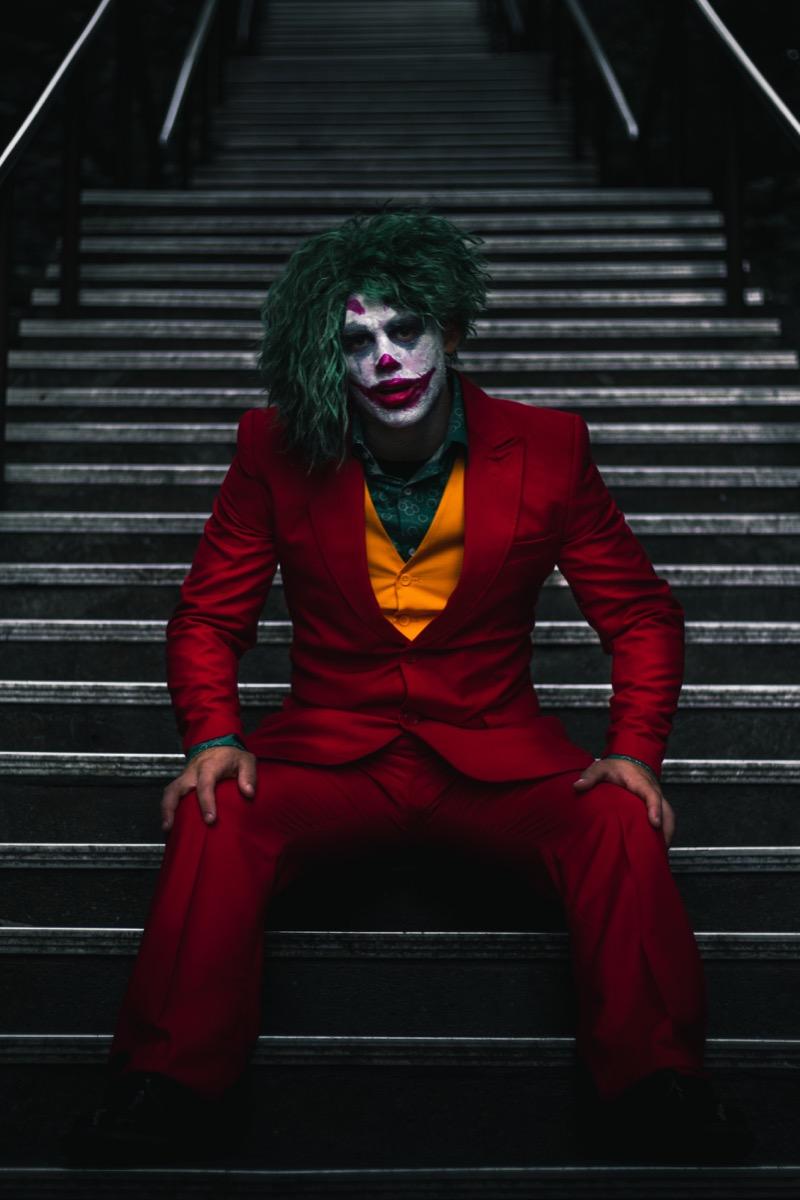 joker diy halloween costume,