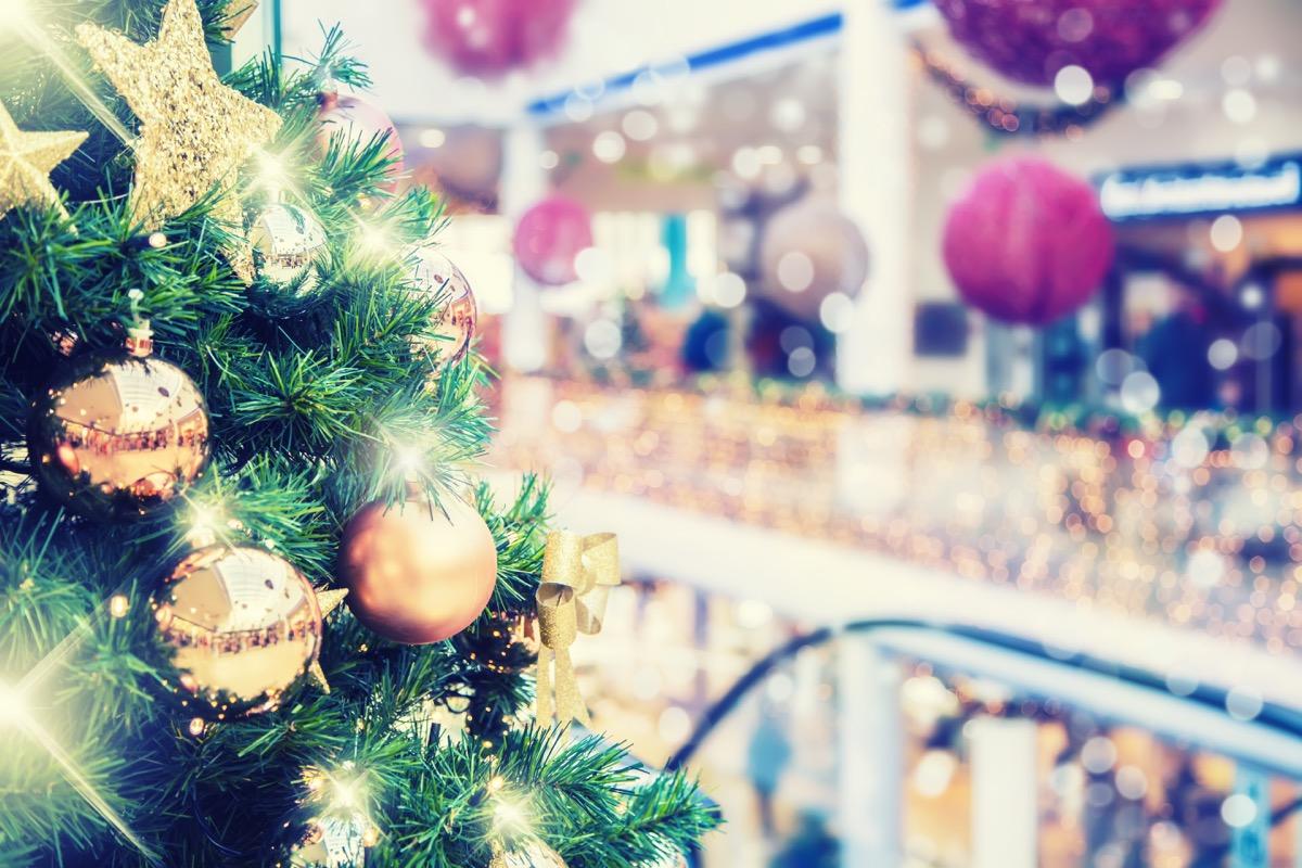 mall christmas decorations
