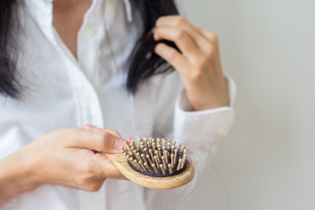 female hair loss hairbrush