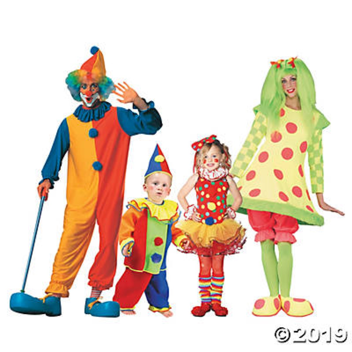 family dressed in clown costumes, family halloween costumes