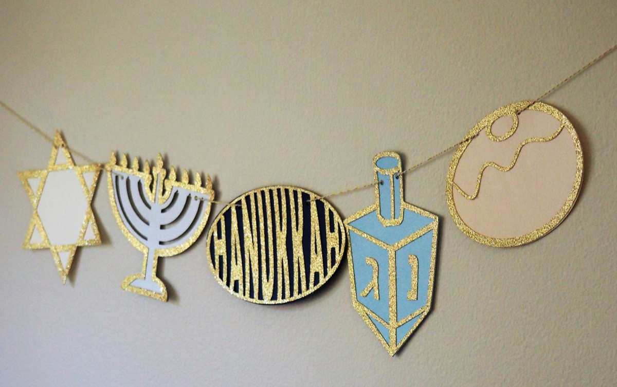 blue and white hanukkah garland with gold glitter, hanukkah decorations