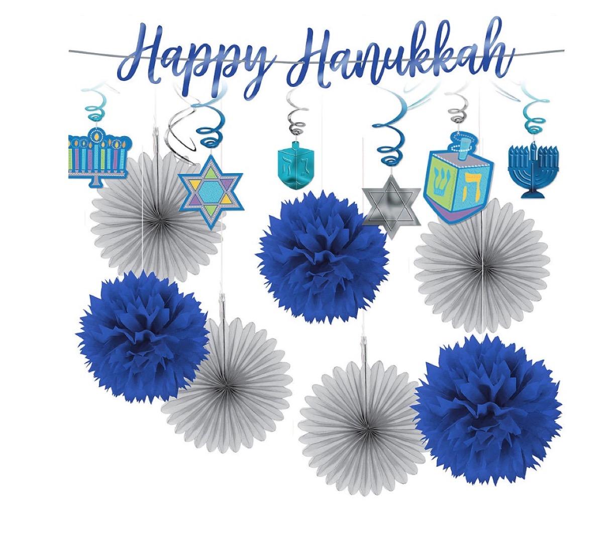 blue and white paper hanukkah garland, hanukkah decorations