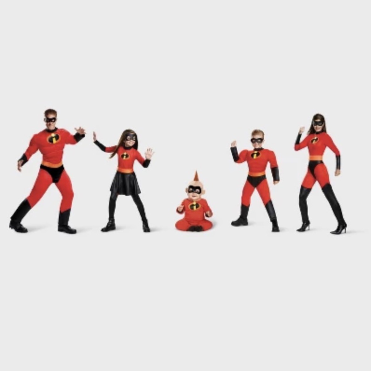 family in incredibles red and black spandex costumes, family halloween costumes, family halloween costumes