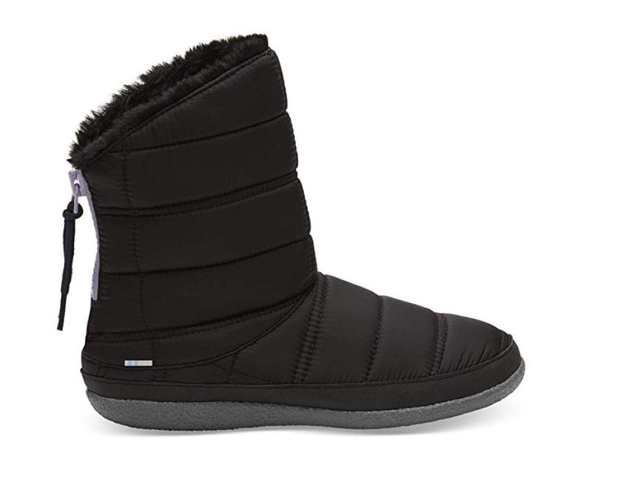 black quilted snow boots