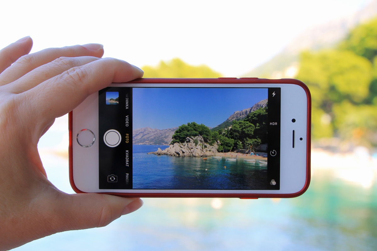 taking a picture with iphone