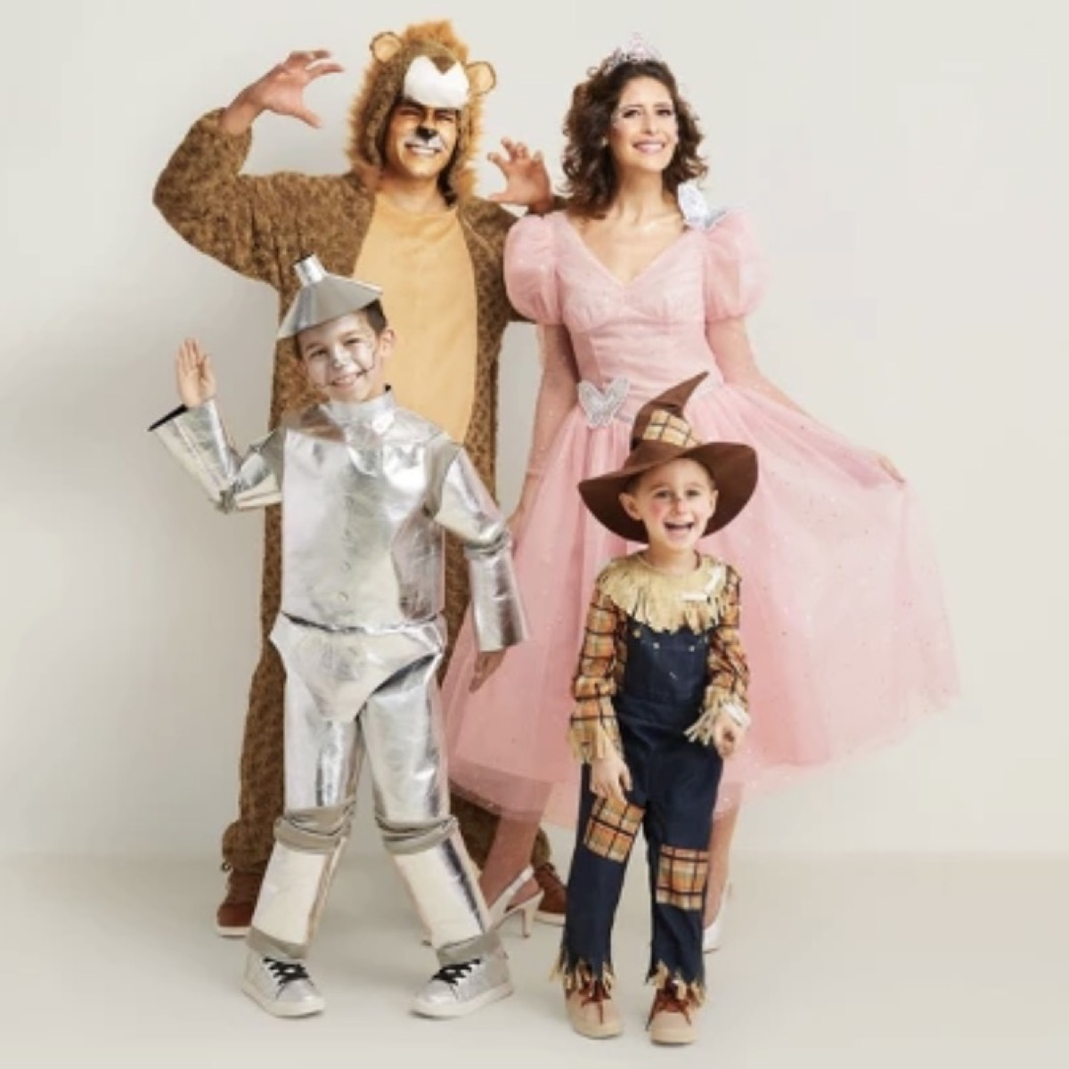 family dressed up as wizard of oz characters, family halloween costumes