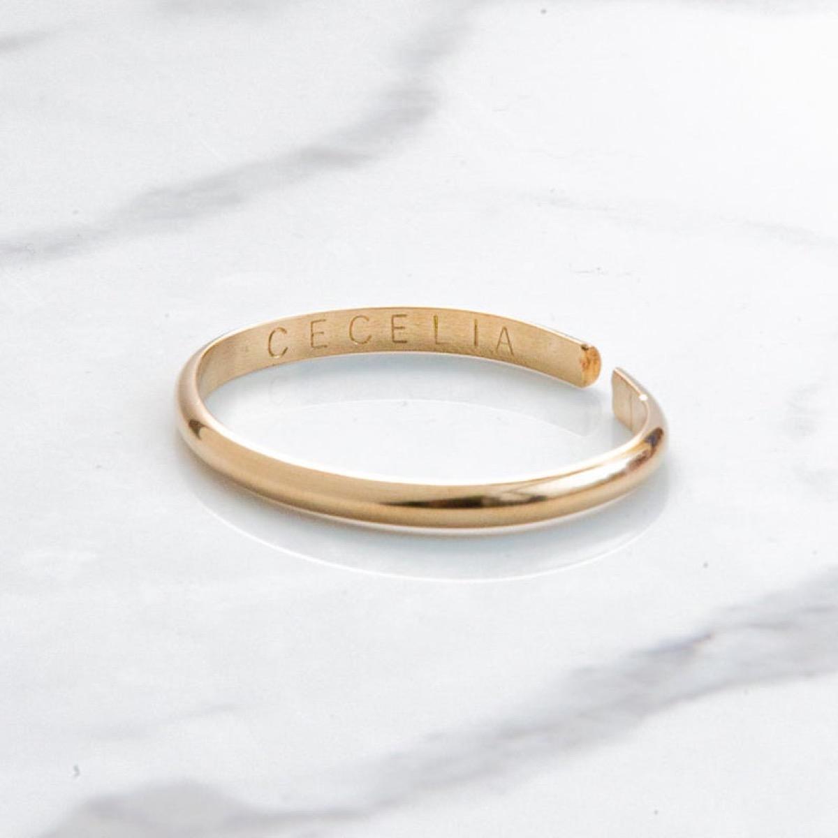"engraved bracelet ""cecelia"""