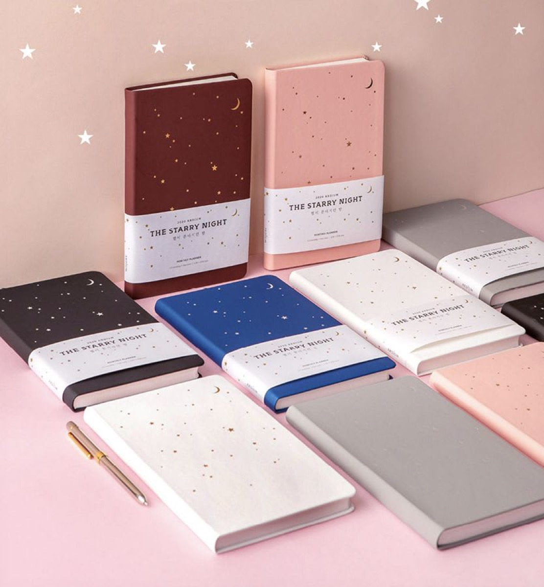 Set of 2020 planners with star design