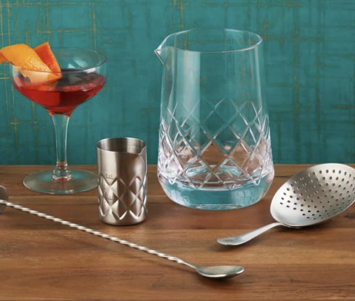cokctail mixing glasses gift set