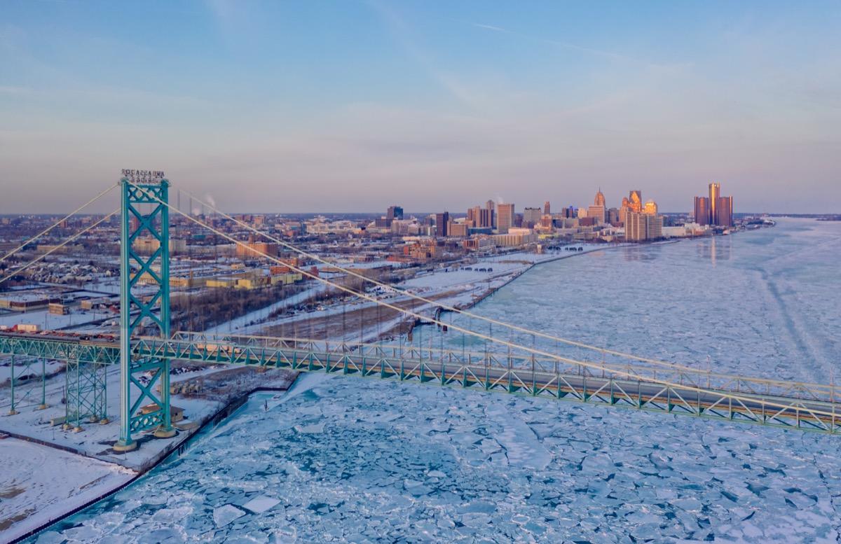 Snowy winter skyline in Detroit