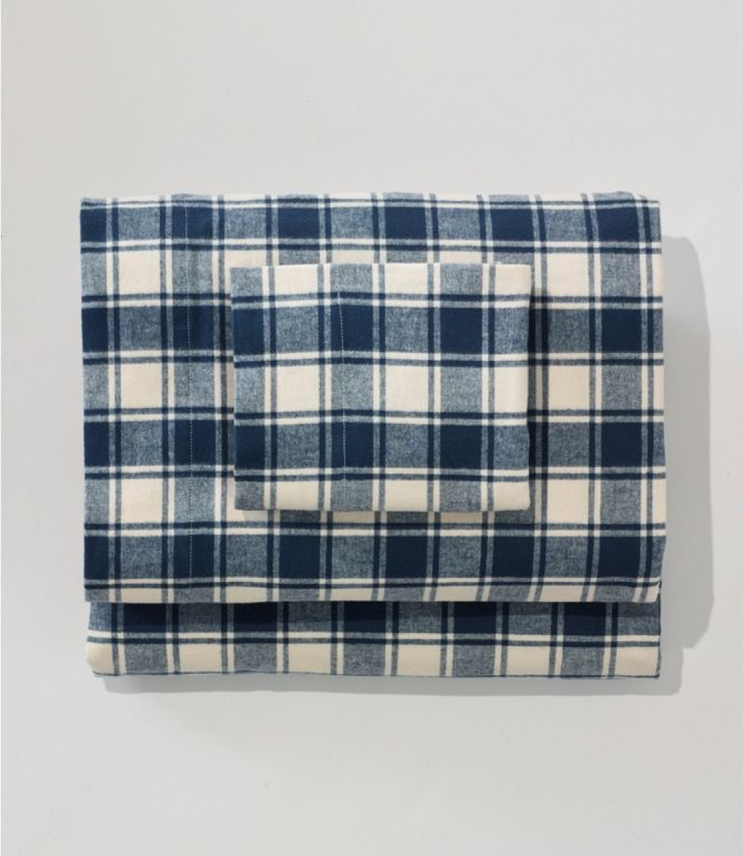 blue and white flannel sheet