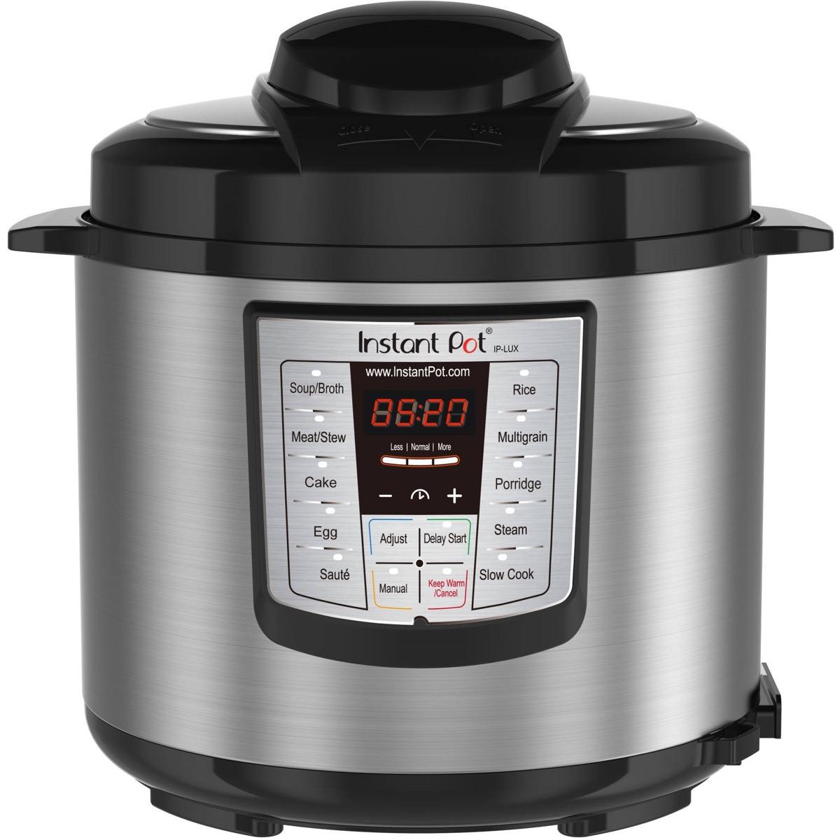instant pot with black lid