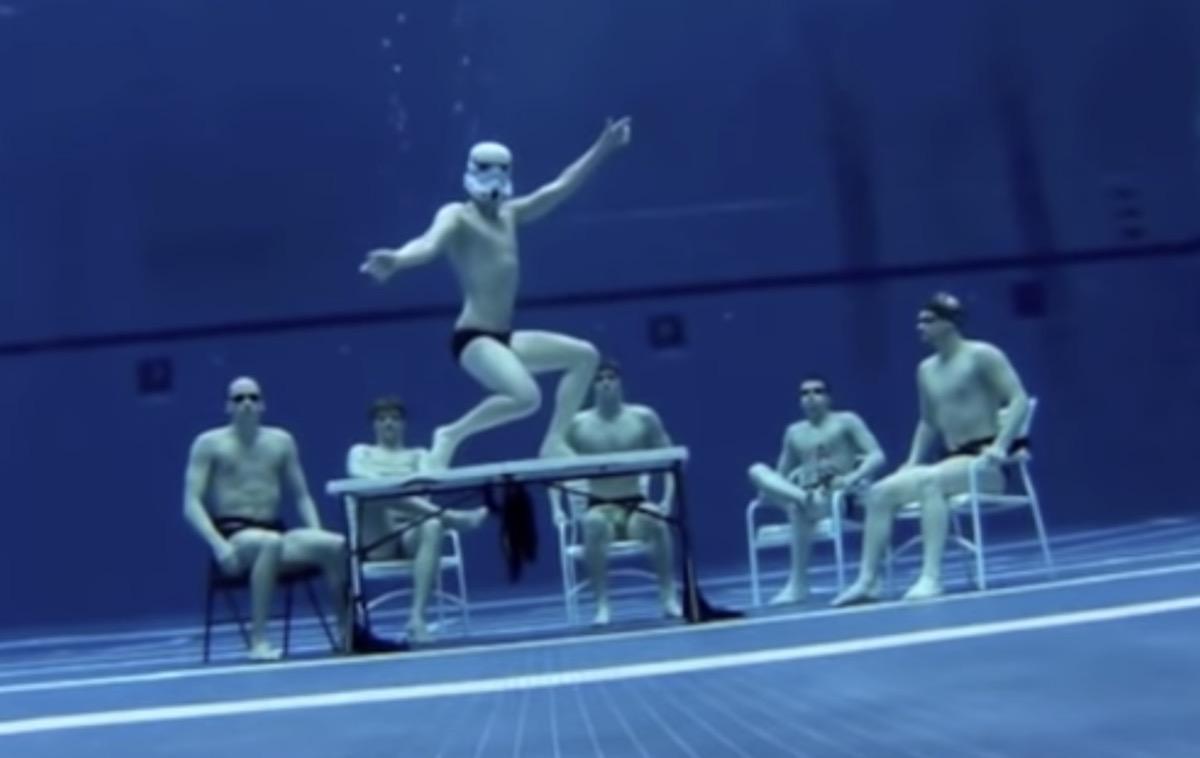 university swim team underwater harlem shake