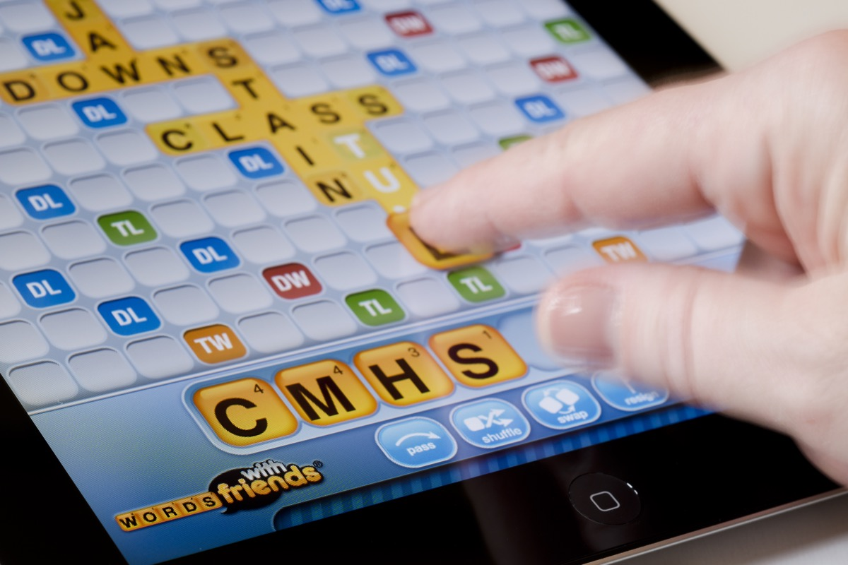 words with friends game on phone