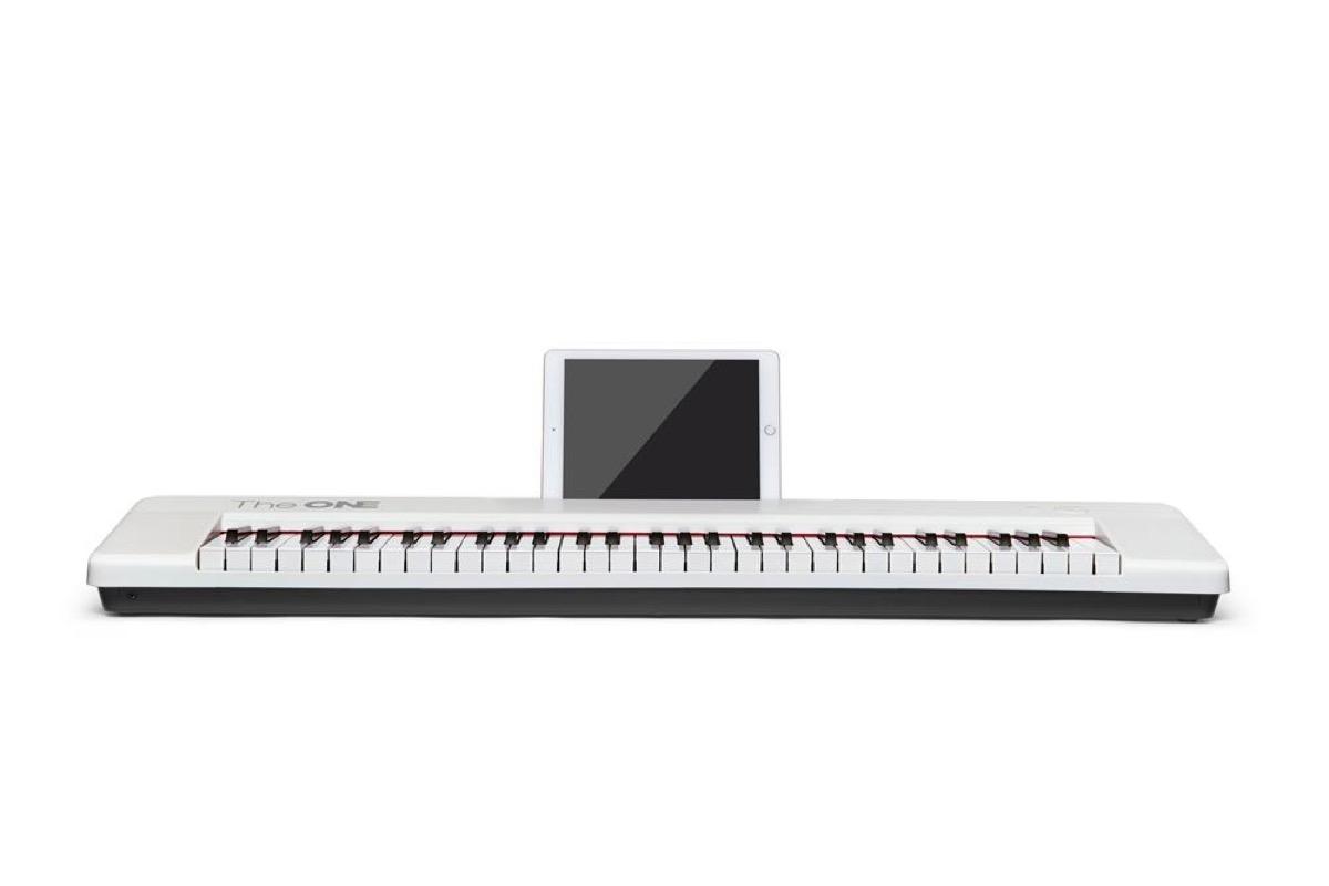 white keyboard with ipad