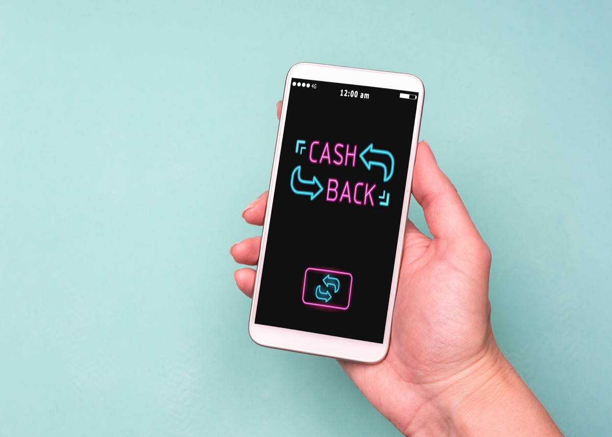 cash back message on iphone screen