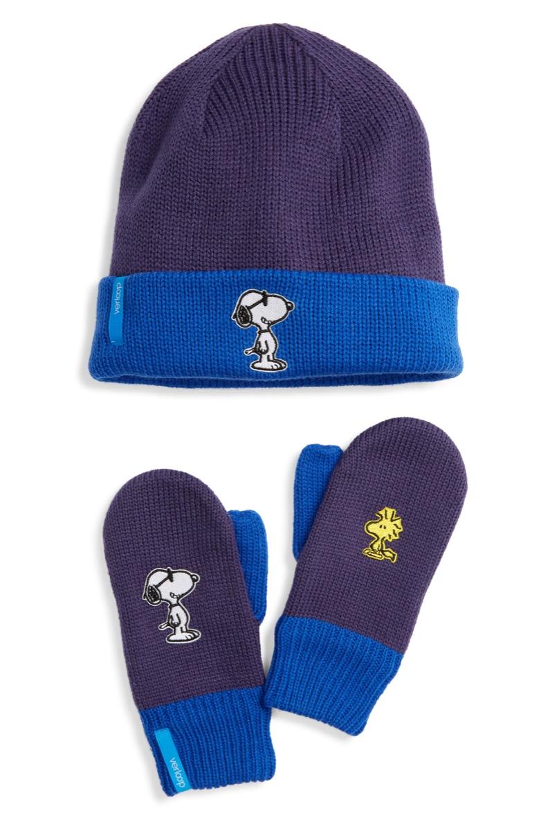peanuts reversible beanie gloves set