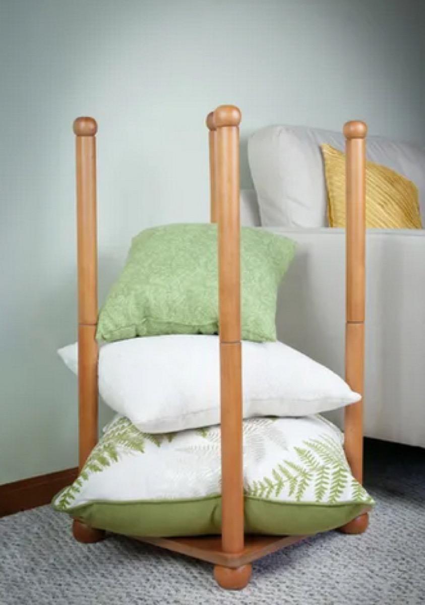 pillow storage