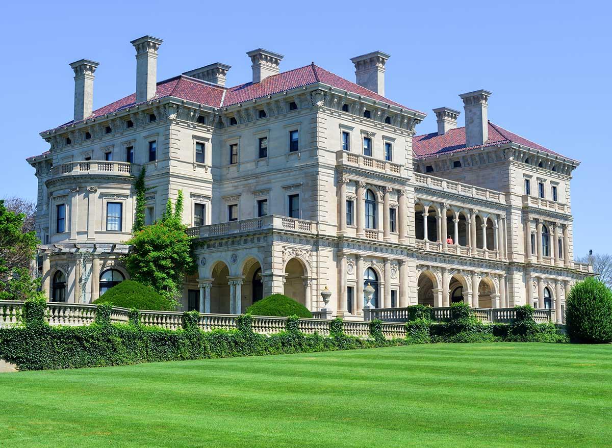 breakers mansion newport rhode island