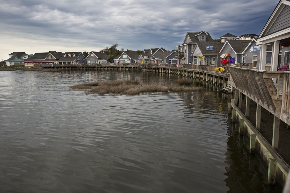 houses on the water in duck north carolina