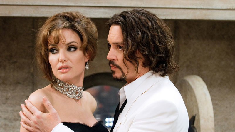 angelina jolie and johnny depp in the tourist