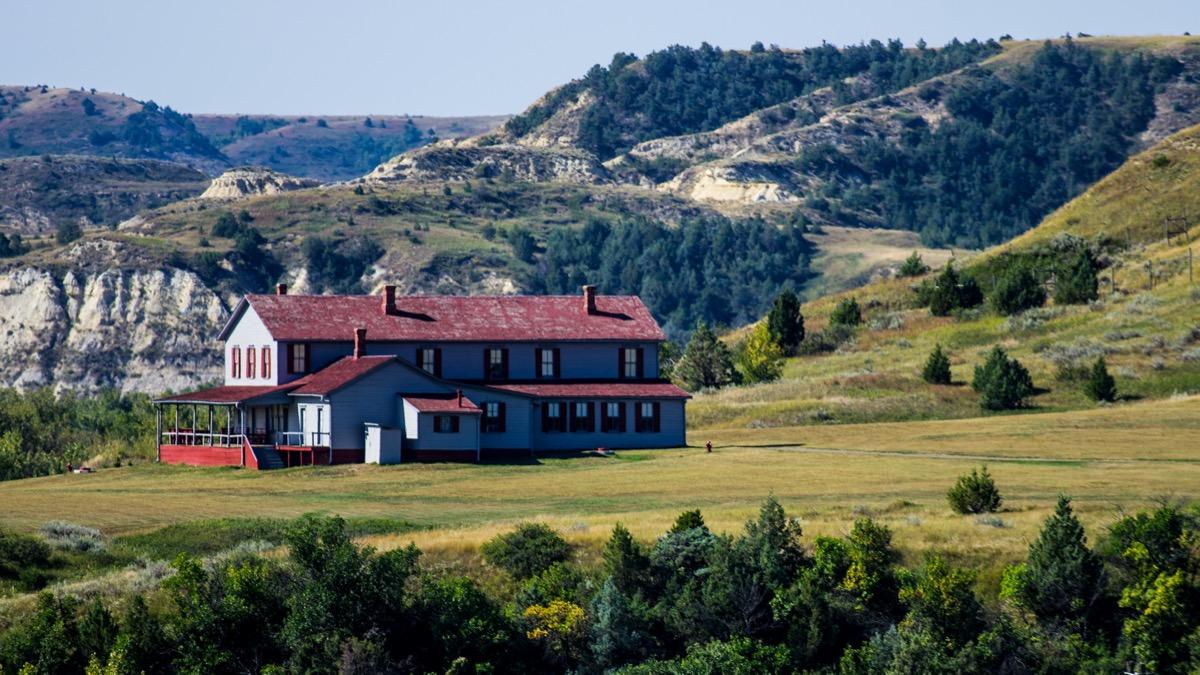 a farm house in medora north dakota