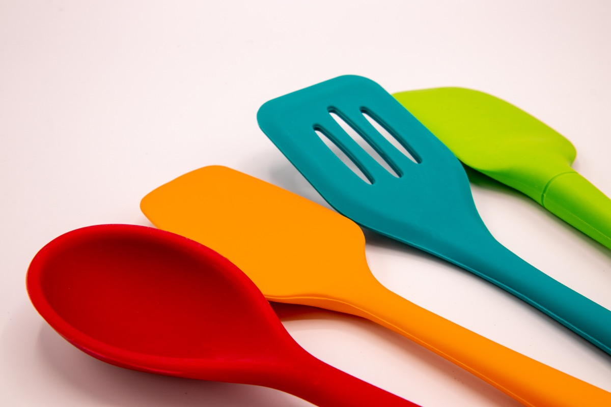multicolor cooking tools silicone based