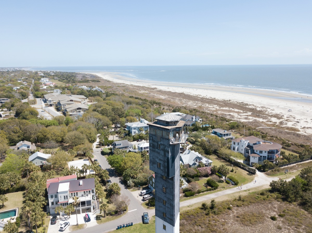 a traditional lighthouse in south carolina
