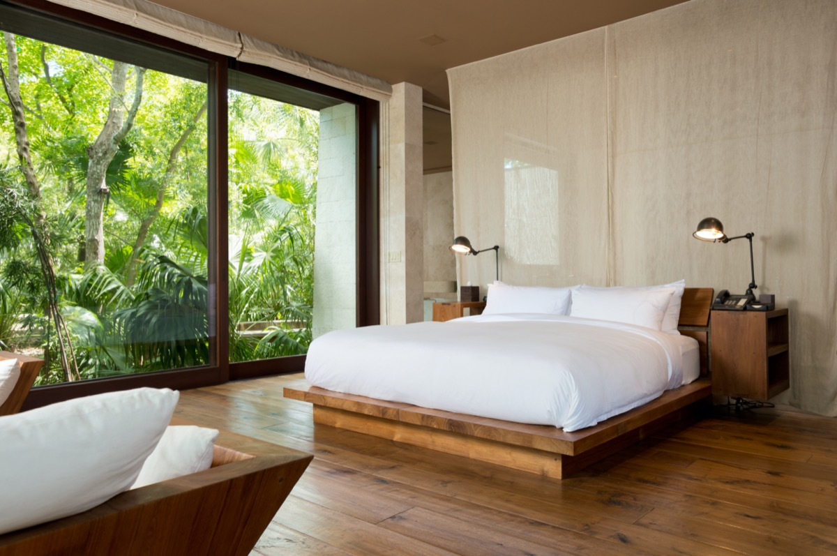 guest room main house como parrot cay