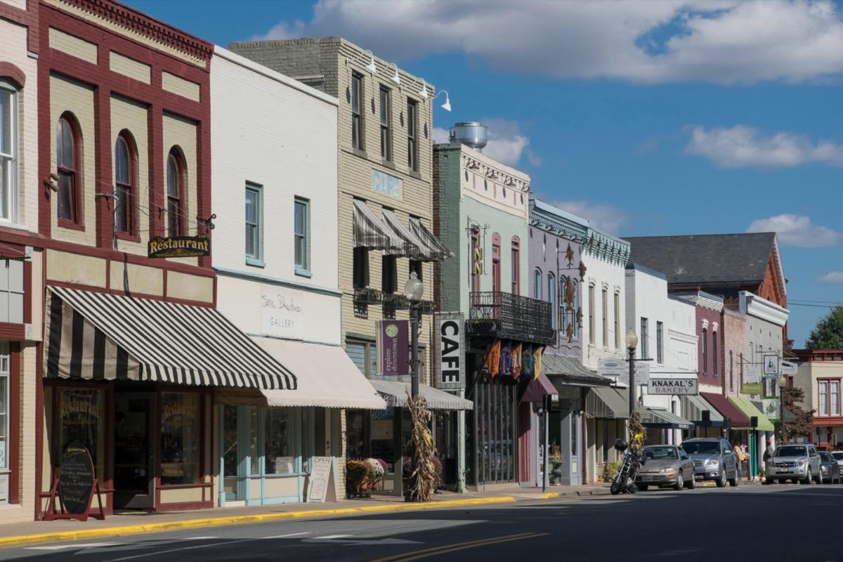 storefronts on main street Culpeper Virginia