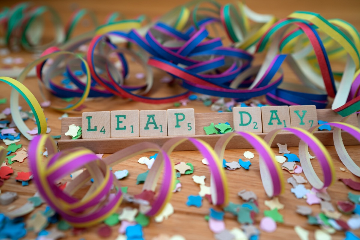 leap day party streamers