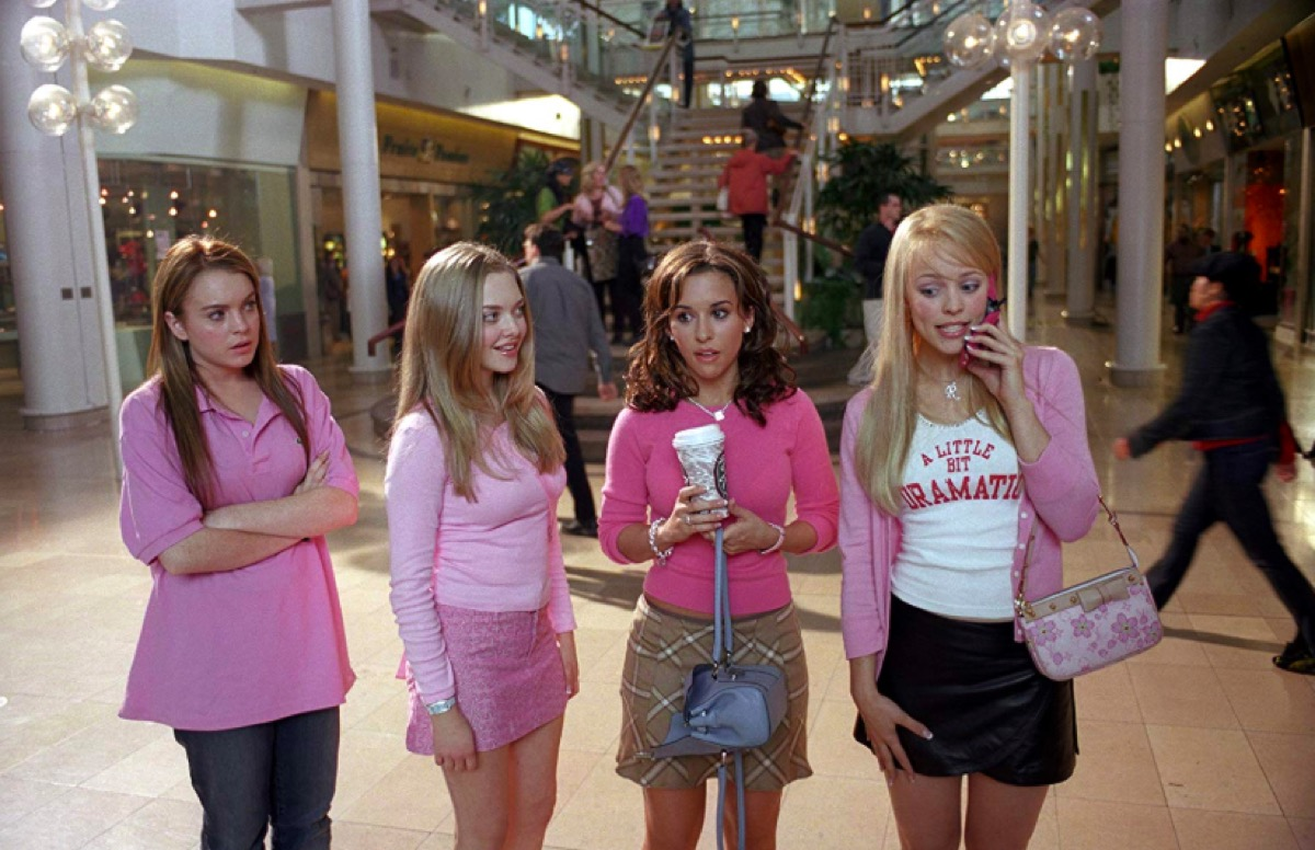 Lindsay Lohan, Amanda Seyfried, Lacey Chabert, and Rachel McAdams in Mean Girls